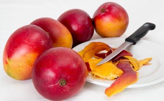العناصر الغذائية في المنجا, السعرات الحرارية - الكربوهيدرات - العناصر الغذائية في المنجا