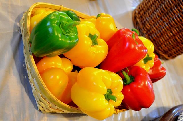 العناصر الغذائية في الفليفلة المطهوّة, السعرات الحرارية - الكربوهيدرات - العناصر الغذائية في الفليفلة المطهوّة