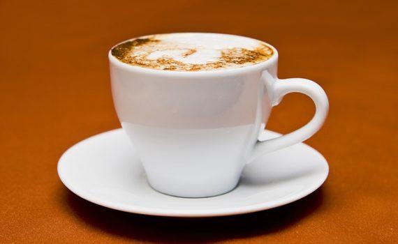 طريقة عمل قهوة المكياتو بالحليب والكراميل