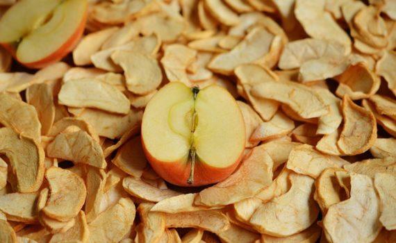 العناصر الغذائية في التفاح المجفف, السعرات الحرارية - الكربوهيدرات - العناصر الغذائية في التفاح المجفف