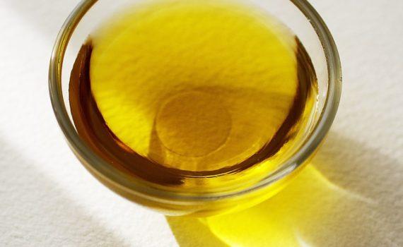 العناصر الغذائية في زيت الذرة, السعرات الحرارية - الكربوهيدرات - العناصر الغذائية في زيت الذرة
