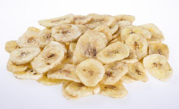 العناصر الغذائية في الموز المجفف, السعرات الحرارية - الكربوهيدرات - العناصر الغذائية في الموز المجفف